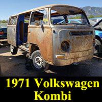 Junkyard 1971 Volkswagen Kombi Bus